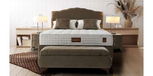 Tапицирана спалня с повдигащ механизъм Loretta